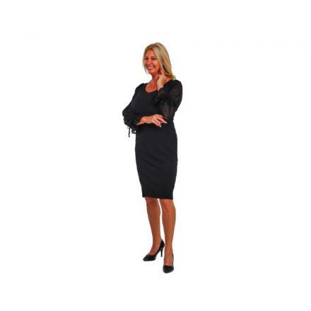 Bigy fekete színű ruha fekete csipke ujjal 44