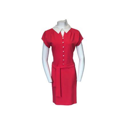Rózsaszín gombos ruha fehér gallérral